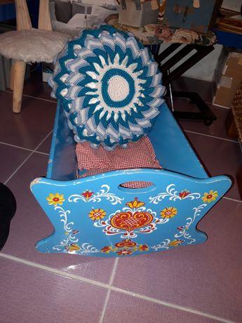 Kołyski krzesełka dla dzieci