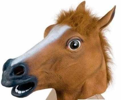Маска голова коня