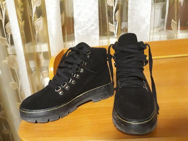 Черевики замшеві чорні