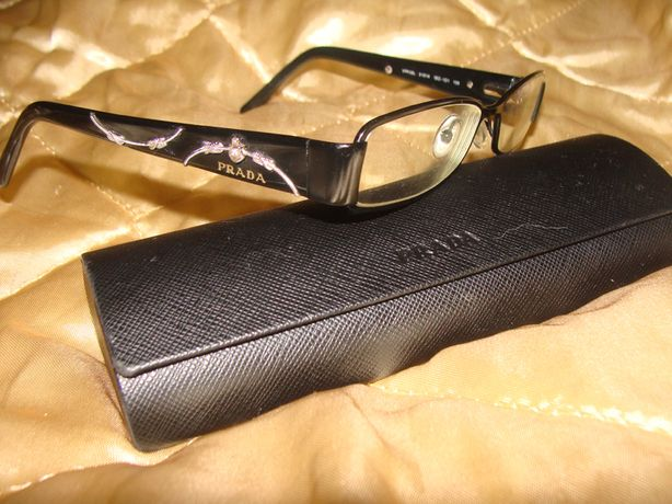 оправа очки чехол Prada оригинал Италия идеал Louis Vuitton Burberry