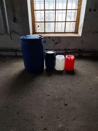 Sprzedam beczki i karnistry na wodę od 60l 30 l oraz karnistry