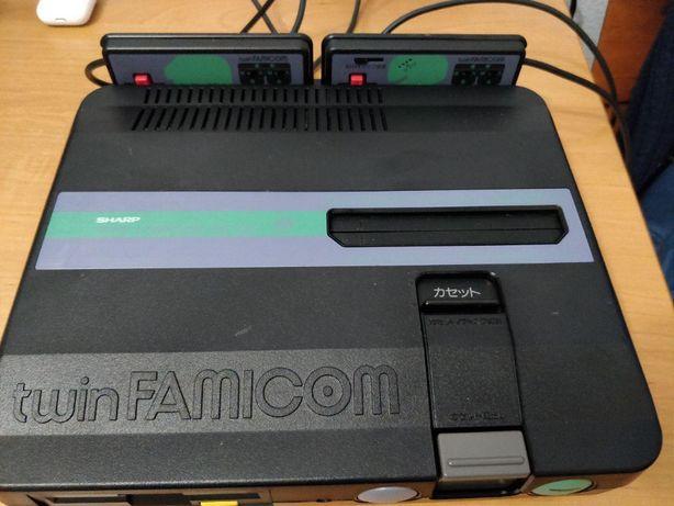Nintendo Sharp Twin Famicom