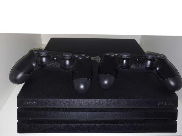 PS4 PRO 4K 1TB + 2 Comandos + 5 meses de GARANTIA com caixa!!