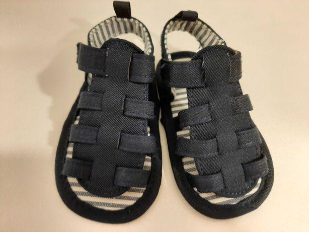 Sandałki niemowlęce niechodki rozmiar 19