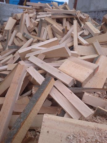Zrzyny bukowe suche, oflisy, drewno opałowe ,okorki, podpałka