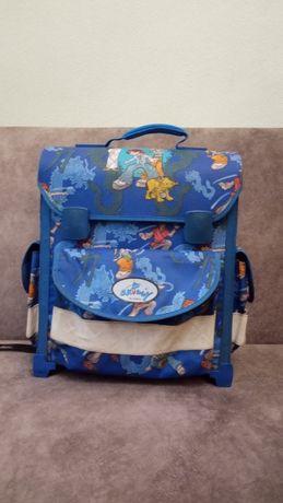 Школьный рюкзак каркасный ортопедический