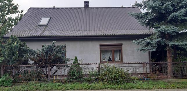 Sprzedam lub zamienię  dom z garażem i działką 700m2