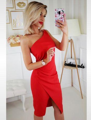 Marszczona sukienka asymetryczna czerwona