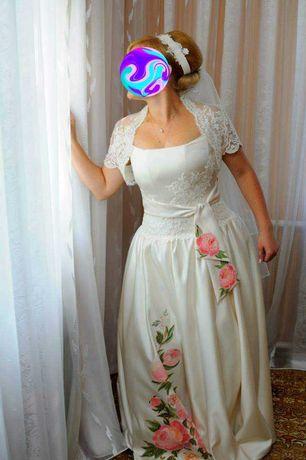 Продам дизайнерську весільну сукню
