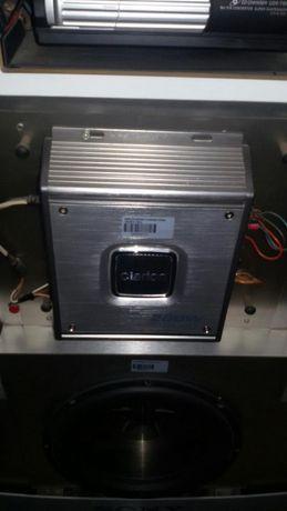 Amplificador Clarion novo