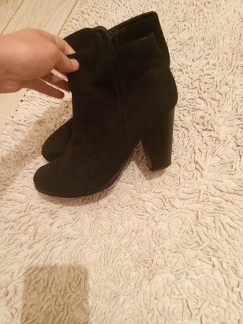 Крутейшие ботинки размер 40