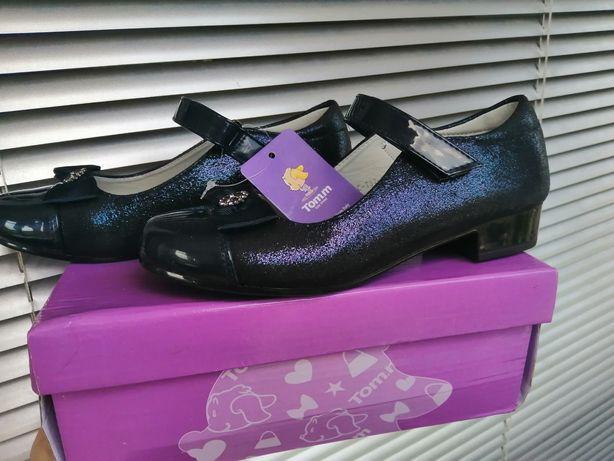 Туфлі для школярочки