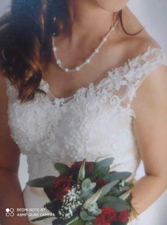 Witam serdecznie sprzedam suknię ślubną kolor ecru rozmiar 38