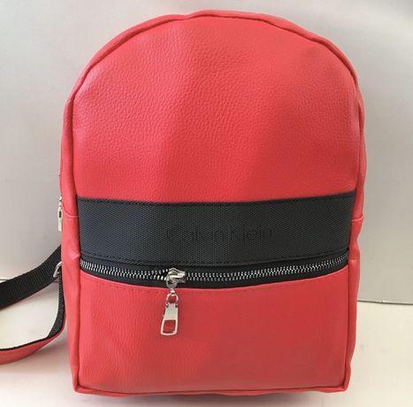 Новый рюкзак для девочки Calvin Klein.