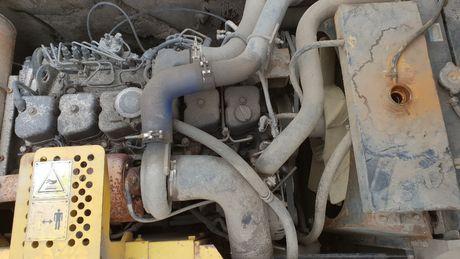 koparna new holland E 215 Kobelco silnik IVECO F4BE 6 cylindrów