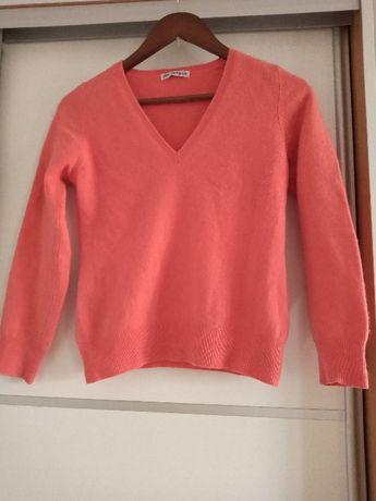 Sprzedam sweter 100% kaszmir koralowy S i beżowy XS