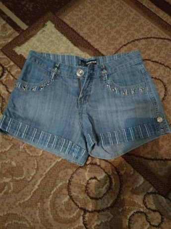 Джинсовые шорты для девочки подростка