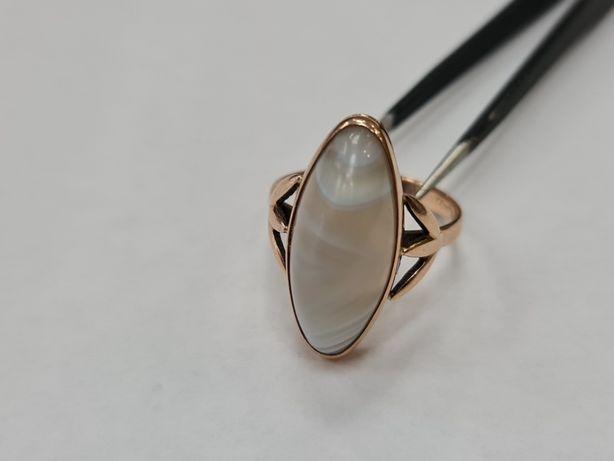 Wyjątkowy złoty pierścionek/ 583/ 6.05 gram/ R18/ Kwarc/ Radziecki