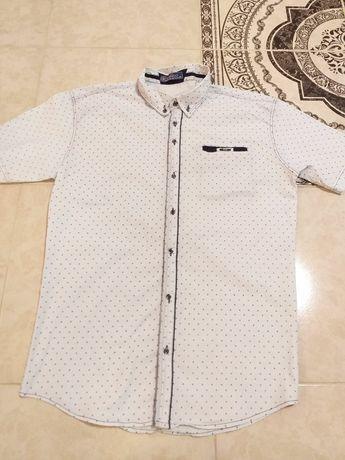 Шикарні білі чоловічі сорочки. Рубашка  в ідеальному стані