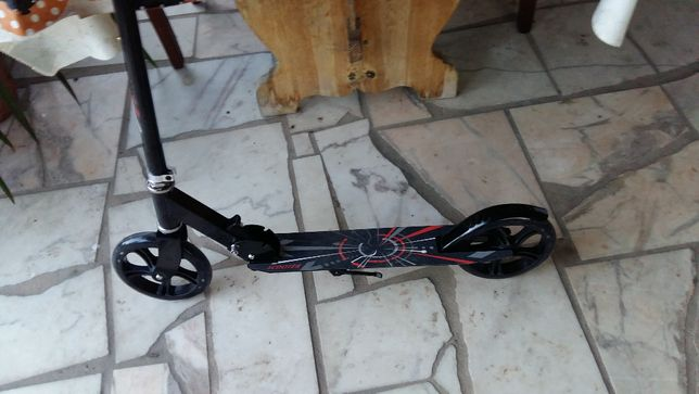 Scooter não electrica nova