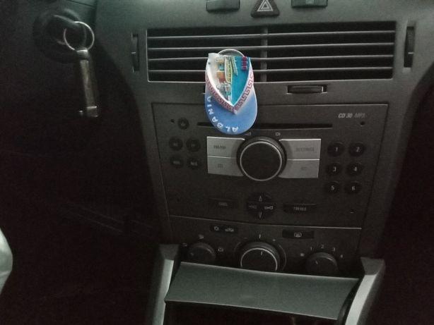 radio opel astra h