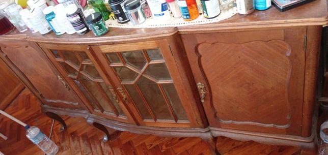 Aparador Queen Anne vitrina deslumbrante bem conservado 65E-T2Edesde3E
