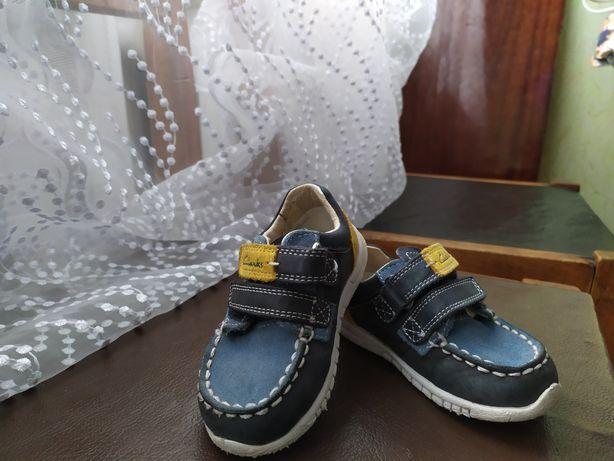 Дитячi туфлi