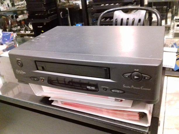 VHS odtwarzacz VCR Philips model VR 171/58 na części