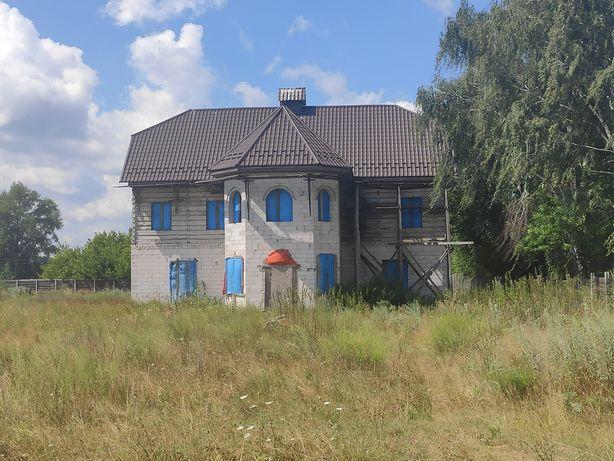 Продажа дома с большим участком.