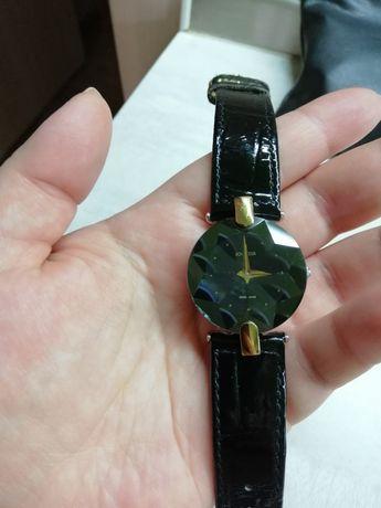 Часы женские jowissa