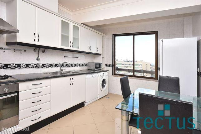 Apartamento T2 Quinta do Marquês