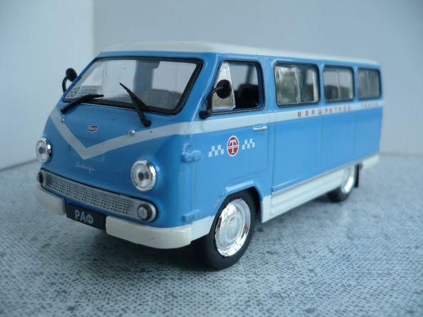 РАФ-977ДМ маршрутное такси 1:43 Автомобиль на службе №28