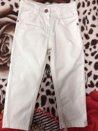 Продам джинсы детские Армани