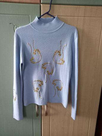 Кофта, светр жіночий
