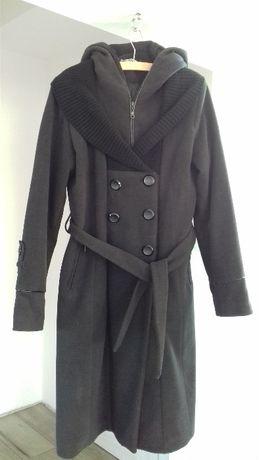 Zimowy płaszcz damski r. 38