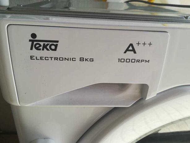 Máquina de lavar roupa TEKA de encastre