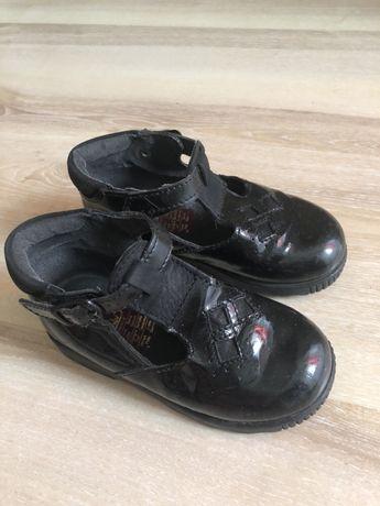 Нарядные лакированные Туфли для девочек размер 24, длина стельки 15 см
