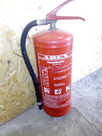 огнетушитель  порошковый