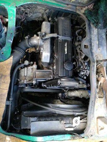 Двигун/двигатель Mazda E2200 R2 дизель