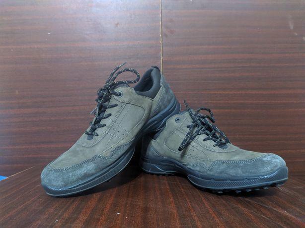 Кросівки  осінні Imac 42 розмір