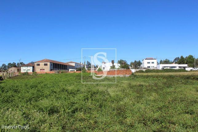 Terreno em Rio Meão