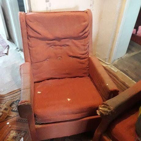 Крісла м'які в гараж чи під перетяжку
