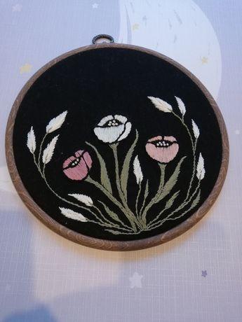Haftowany obrazek kwiaty łąka na lnie cudo tamborek
