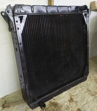 Радиатор охлаждения МАЗ 4370 - 1301010 Зубрёнок медь нового состояния