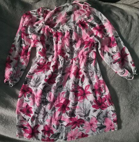 Bluzka różowa w kwiaty