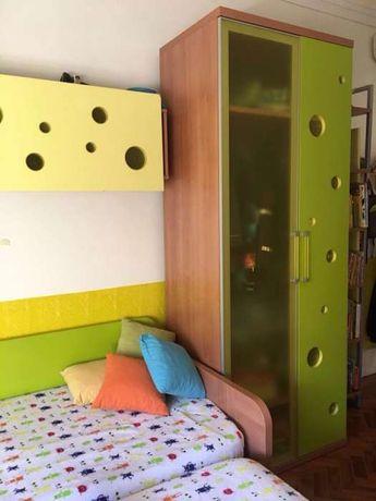 Roupeiro quarto crianças + estante