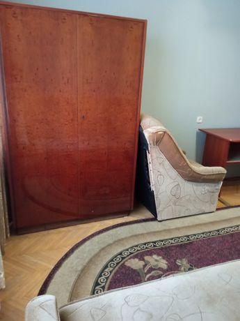 Продам 2 шафи німецькі, поліровані, фасади.