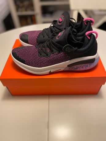 Buty do biegania Nike Joyride Run Flyknit 43