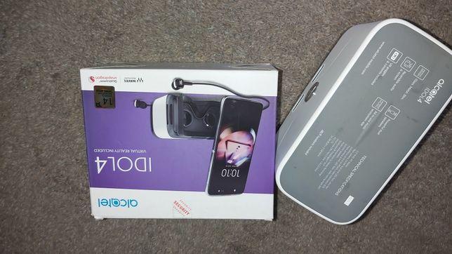 Okulary VR wraz z słuchawkami JBL