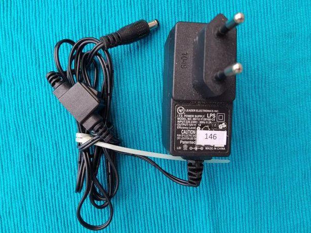 Zasilacz 12v 1A z wyłącznikiem na kablu